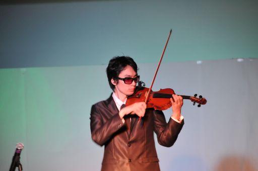 白井崇陽さんによるヴァイオリン...